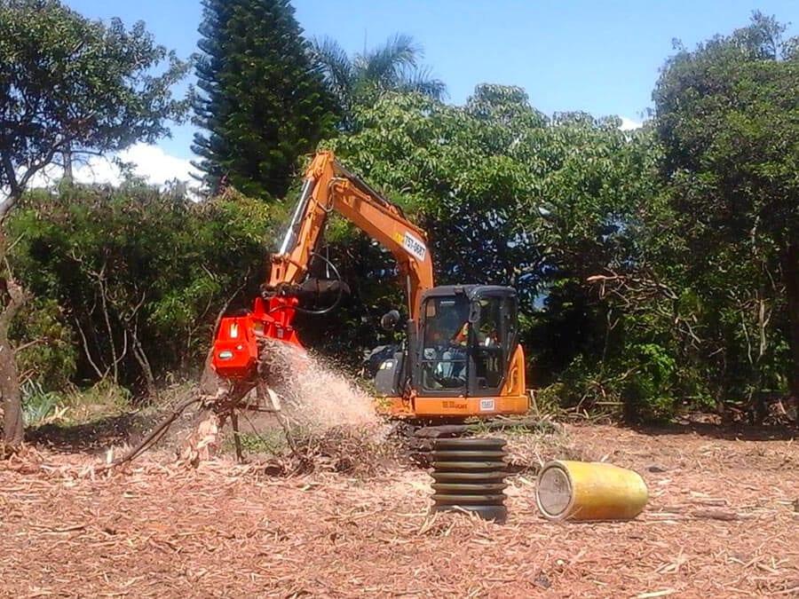 CEM36_DCR-Excavator-Mulcher-2