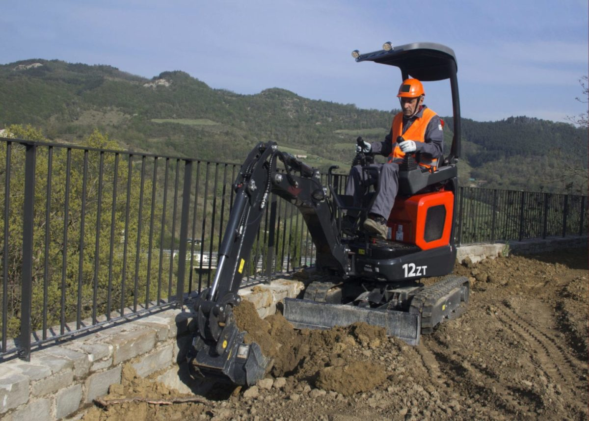 Eurocomach 12ZT Mini Excavator for Sale 3