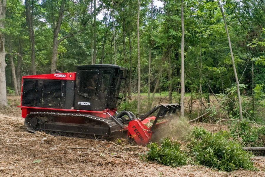 Fecon-FTX200-Forestry-Mulcher-Tractor-3